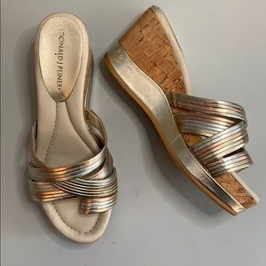 Donald J Pliner tri metallic color wedges S 7.5 M